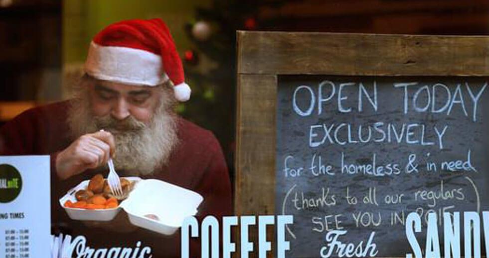 Santa in cafe
