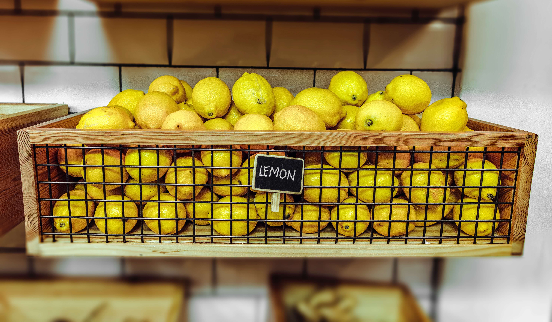 lemons-inside-a-wooden-crate